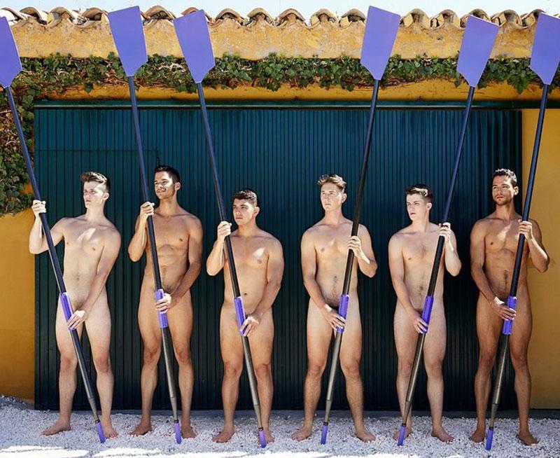 Warwick Rowers with Oars