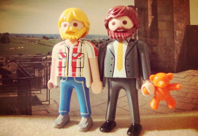 Playmobile gay couple