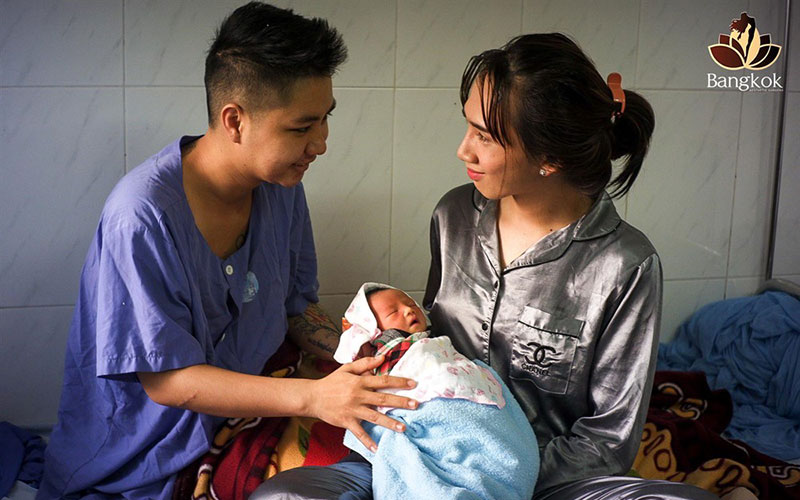 Transgender couple Minh Khang (left) and Minh Anh became parents of a baby girl on May 16. — (Photos: Bangkok Beauty Salon)