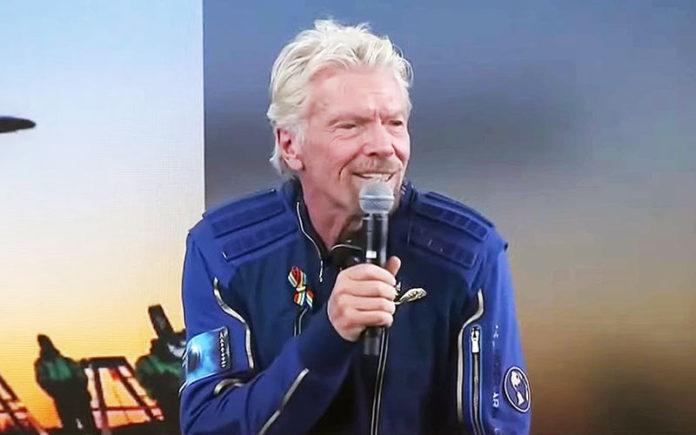 Richard Branson wears rainbow flag pin into space (Youtube)