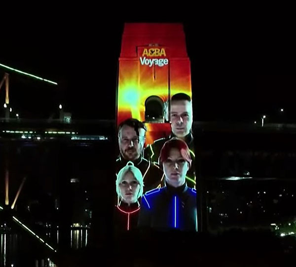 The ABBATARS showing on the Sydney Harbour Bridge pylons at 3.30am during the livestream event (Youtube)