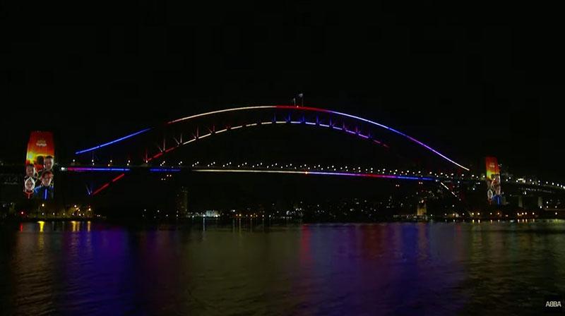 Sydney Harbour Bridge (Youtube)